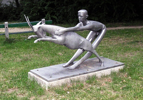 Veszprémben áll a Fiú a kecskével címet viselő szobor, melyet a helybéliek szerencsehozó alkotásként emlegetnek.