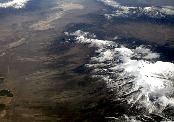 A hegy a Great Basin Nemzeti Park területén fekszik, mely szintén szimbolikus, időtlen, az emberénél hatalmasabb erőket képviselő táj.