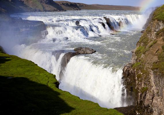 Az izlandi Gullfoss Észak egyik leglátványosabb csodája. A háttérképért kattints ide!