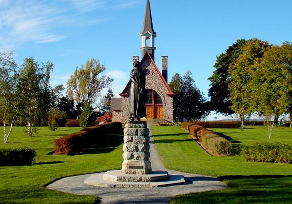 A kanadai Grand Pré kultúrtáj Új-Skócia déli részén található. A 17. századi betelepülők a mocsarak lecsapolásával tették megművelhetővé a különös lápvidéket.