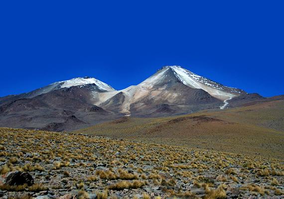 Az Uturuncu Bolívia délnyugati részének legmagasabb pontját jelenti a maga 6000 méterével. A hegy úgynevezett sztratovulkán, vagyis rétegvulkán, melynek jellegzetessége, hogy magmája sűrű, így, mivel nehezebben talál utat magának, inkább robbanásos jellegűek a vulkáni kitörések.