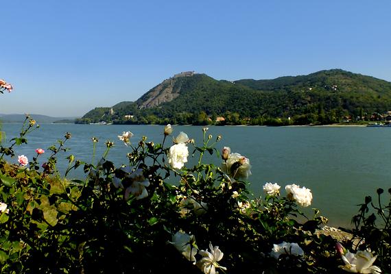 A Börzsönnyel rokon - a vulkáni aktivitás szempontjából is - a Visegrádi-hegység is.