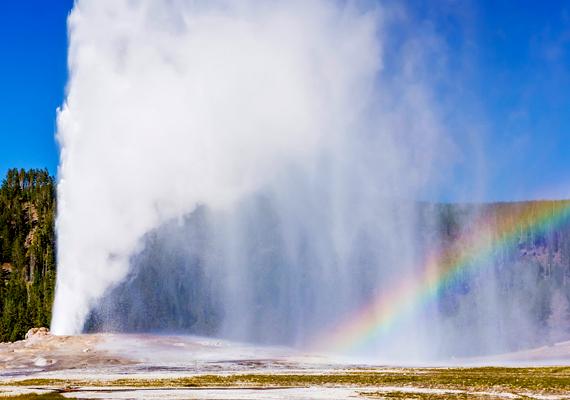 A Yellowstone Nemzeti Park 8980 négyzetkilométeres területet tudhat a magáénak.