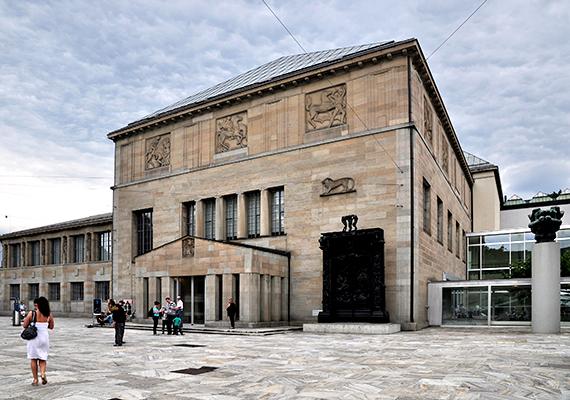 Zürich virágzó kulturális életének szerves része a Kunsthaus is, ahol többek között olyan híres alkotók művei tekinthetők meg, mint Van Gogh, Picasso, Chagall, Monet és Munch.