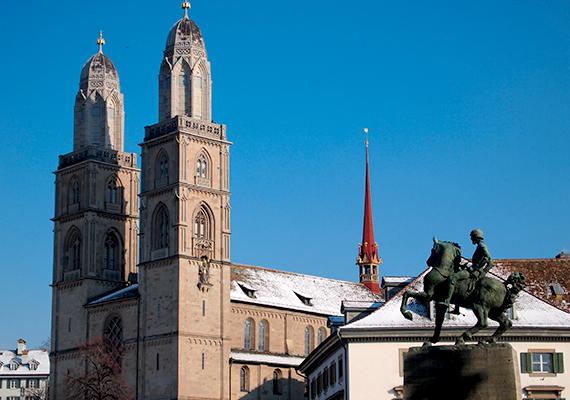 Zürich másik neves temploma a Grossmünster, vagyis a Nagytemplom, Nagy katedrális, melynek ikertornyai szerves részét képezik a városképnek. Ez a templom jelenti továbbá azt a helyet is, ahonnan elindult a svájci reformáció.