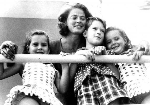 Isabellának két gyermeke született, lánya Elettra 32 éves, fia, Roberto csak 23 esztendős. Isottának szintén két gyereke van, fia, Tomasso forgatókönyvíró lett, lánya, Francesca még tanuló.