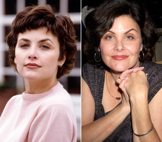 A Twin Peaks sztárja, Sherilyn Fenn február elsején lett 50 éves. A gyönyörű színésznő egy időben együtt járt Prince-szel, majd Johnny Depp-pel alkottak egy párt. Férje a zeneszerző és gitáros Toulouse Holliday lett, egy közös fiuk is született 1993-ban. Négy évvel később elváltak, Sherilyn újra férjhez ment, és 2007-ben újabb fiúnak adott életet. A külseje mostanában már kevésbé foglalkoztatja, de azért ad magára.