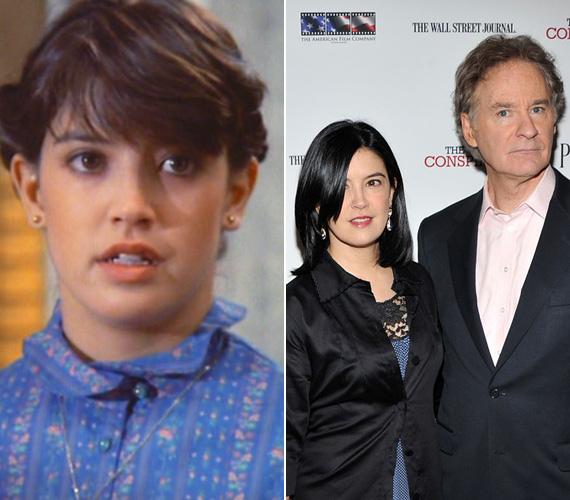 Phoebe Cates már 21 éves elmúlt, amikor a tinilány Kate Beringert alakította a Szörnyecskékben. A horrorvígjáték volt első szerepei egyike, később felbukkant a folytatásban is, de felnőttként nem nagyon keresték meg ajánlatokkal, 2001-ben állt utoljára a felvevőgép elé. Még 1983-ban, alig 20 éves korában egy meghallgatáson megismerkedett a nála 16 évvel idősebb Kevin Cline-nal, 1989-ben hozzá is ment a színészhez, két gyermekük van.