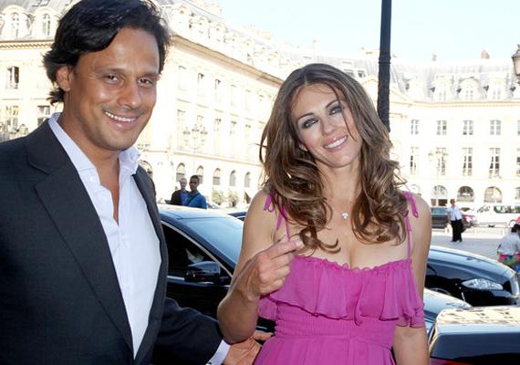 Liz Hurley áprilisban nyújtotta be a válókeresetet az üzletember Arun Nayer ellen, akivel 2007-ben állt az oltár elé.