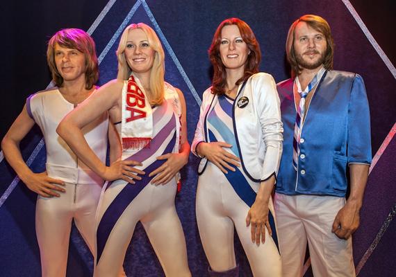 A londoni Madame Tussaud's viaszmúzeumban is helyet kapott a legendás svéd együttes. Az ABBA tagjait szűk, fehér nadrágjukban őrizték meg az örökkévalóságnak.