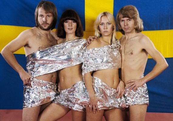 1976-ban készült róluk ez az alufóliába csavart kép. Akkor ez nagyon merész húzás volt, csoda, hogy a fotós rá tudta őket beszélni.