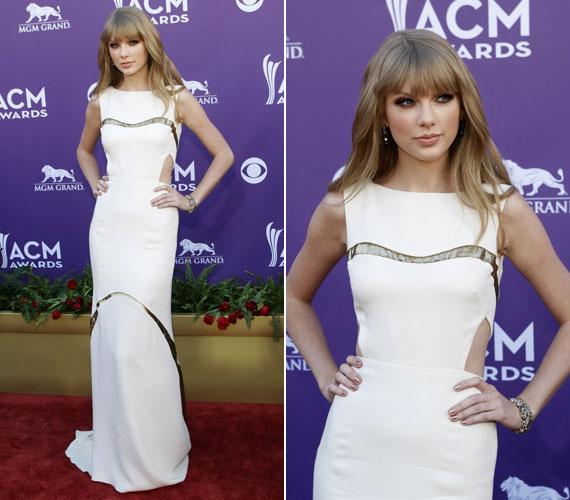 A 22 éves Taylor Swift fehér, különleges szabású J Mendel ruhában lépett a vörös szönyegre, amelyet Christian Louboutin cipővel és Lorraine Schwartz ékszerekkel egészített ki.