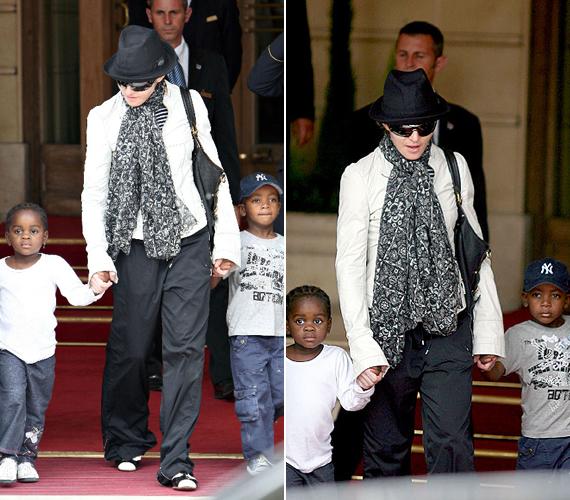 Madonna két adoptál gyermek édesanyja: David 2005-ben született Malawiban, míg Mercy egy évvel később ugyanabban az afrikai országban.