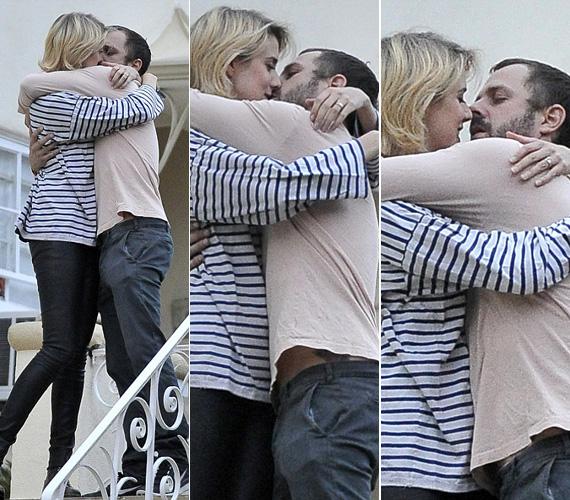 Nem sokkal esküvőjük után is készültek róluk hasonló lesifotók, amikor Los Angeles-i lakásuk ajtaján kilépve forrtak össze egy hosszú csókban.