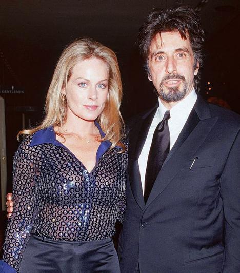 Ikrei születtekBeverly D'Angelo színésznő 1996 és 2003 között volt a színész barátnője. A párnak 2001. január 25-én ikrei születtek. Pacinónak korábban már született egy lánya: Julia Marie Pacino, aki 1989-ben látta meg a napvilágot.
