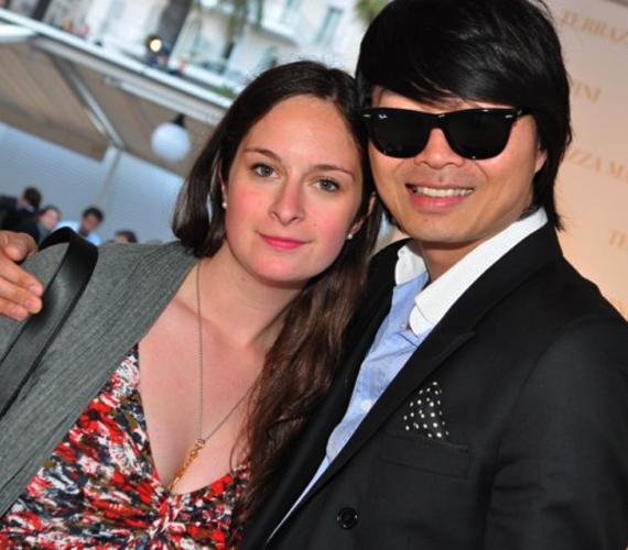 Ha Julie úgy döntene, hogy megpróbálkozik a színészettel, kapcsolatokban nem lesz hiánya - ez a fotó is a Cannes-i Filmfesztiválon készült róla.