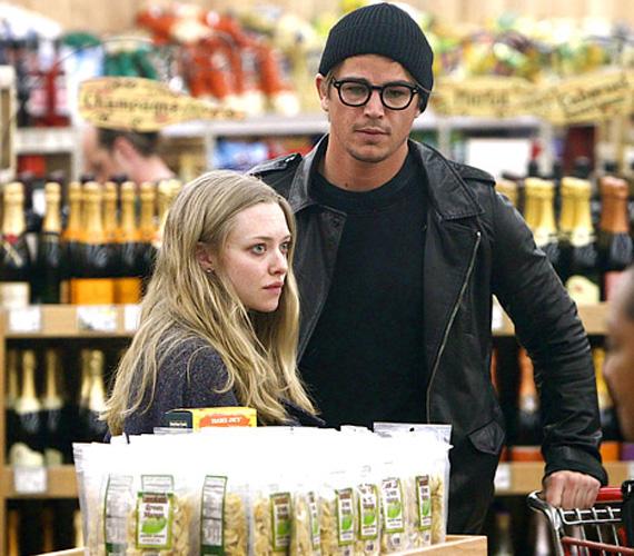 A bevásárlóközpontban már olyan oldottan viselkedtek, mintha nem is sztárok lettek volna.