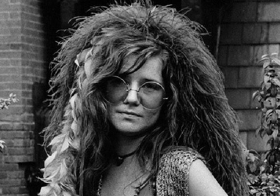 Janis Joplin szintén nem érte meg a 28. életévét. Az énekesnő egyetemi éveitől kezdve a drogfüggőségével harcolt, többször megpróbált leállni a szerről, de mindig kudarcot vallott. Függősége egészsége és karrierje megromlásához vezetett, 1970 augusztusára már olyan rossz állapotban volt, hogy egy koncerten csak két számot tudott előadni. Zenekarával stúdióba vonult, hogy felvegyék legújabb albumukat. Egyik nap azonban nem érkezett meg, hotelszobájában találták holtan. Hivatalosan túladagolásban halt meg, azért pedig sosem indult vizsgálat, hogy dílerének több kuncsaftja is meghalt ugyanazon a héten.