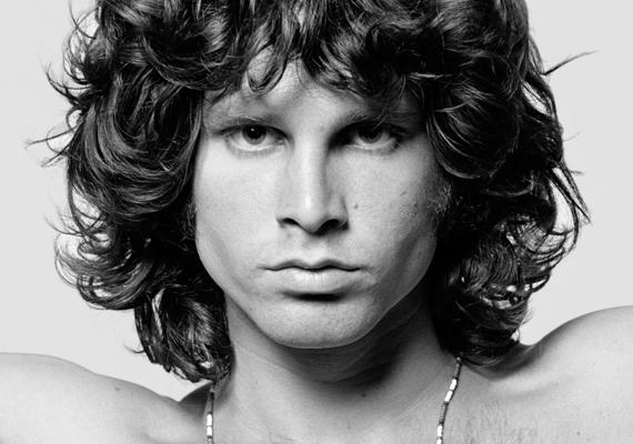 Jim Morrison halála körül számos kérdőjel lebeg. A fürdőkádban talált rá holtan barátnője, Pam Courson. Hivatalosan szívrohamban halt meg, ám ezt senki sem hiszi el. Legtöbb ember szerint heroin-túladagolásba halt bele. Mivel rettentően félt a tűtől, ezért barátnőjét kérte meg mindig, hogy lője be neki, aki végül halálos dózist adott neki. Ő azonban azt nyilatkozta, Morrison tévedésből felszippantotta a heroint, mert azt hitte, kokain. Más elméletek szerint azonban a kormány végzett a zenésszel, aki halála előtt többször is azt mondta, ő a harmadik. Ezzel arra akart utalni, hogy valószínűleg ő lesz a harmadik ember, aki rejtélyesen hal meg Jimi Hendrix és Janis Joplin után.