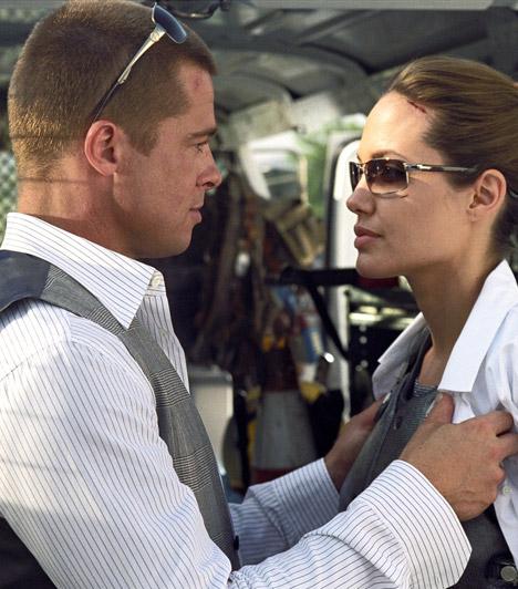 Mr. és Mrs. SmithAngelina Jolie a 2005-ös Mr. és Mrs. Smith című film forgatásán melegedett össze Brad Pitt-tel, aki akkoriban még Jennifer Aniston férje volt. Az érzelmeknek nem tudtak parancsolni, és mire a mozikba került a film, hivatalosan is egy pár lettek - Pitt pedig elvált nejétől.Kapcsolódó szavazás:Jennifer Anistonnak vagy Angelina Jolie-nak áll jobban ugyanaz a stílus? »
