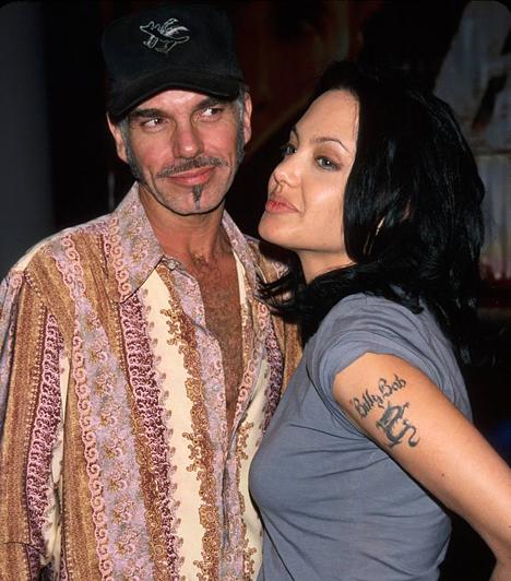 Billy Bob Thorntonnal  Második férjével, a nála húsz évvel idősebb Billy Bob Thorntonnal 2000-2003-ig tartott a házasságuk.