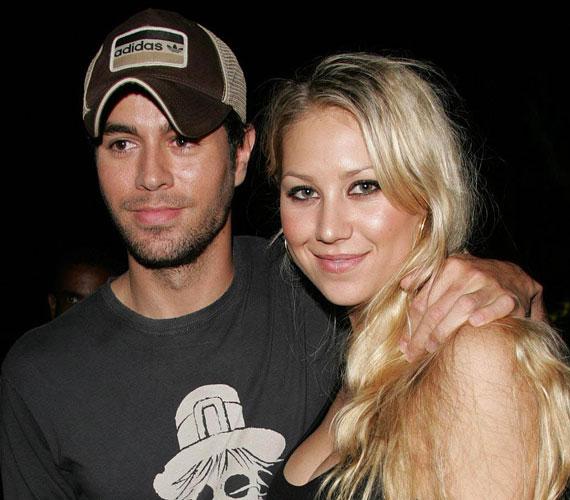 Anna Kurnyikova 2001 óta Enrique Iglesiasszal él párkapcsolatban, ám a mai napig nem házasodtak össze.