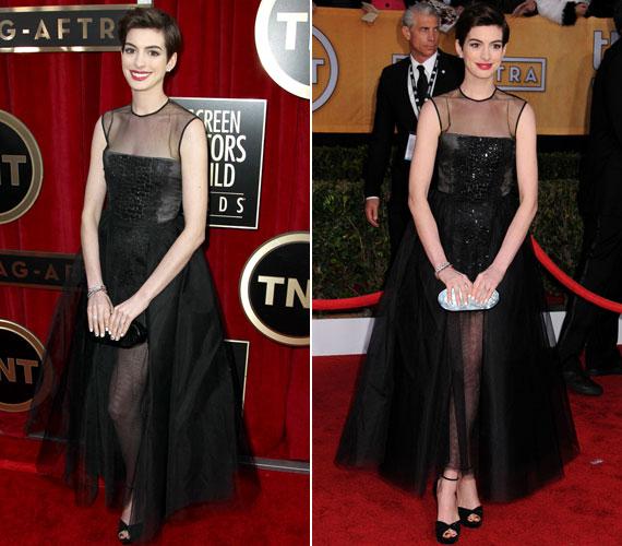 Ebben a Giambattista Valli Haute Couture ruhában a tüll, flitter, hálós anyag egyvelegét kritizálták sokan.