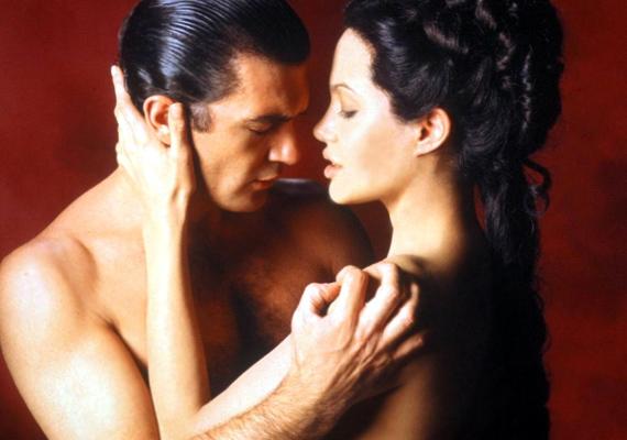 Az Eredendő bűn című filmben nemcsak Angelina Joliért voltak oda a nézők, Antonio meztelen testét is szívesen nézegették.