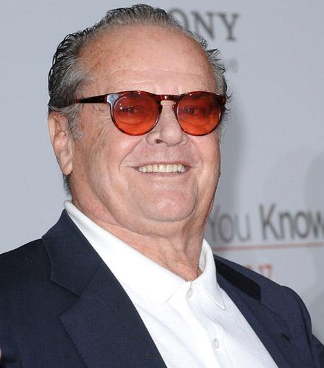 Jack NicholsonA Száll a kakukk fészkére legendás sztárja 70 fölött is aktív, 2010-ben a Honnan tudod? című vígjátékban láthattuk. Jack Nicholson 1937. április 22-én jött a világra.