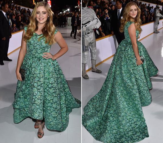 Willow Shields, Primrose Everdeen alakítója Christian Siriano kollekciójából választotta ki ezt a pompás zöld ruhát.