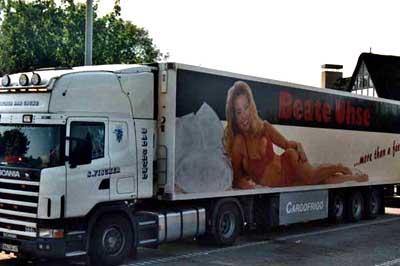 Beate Uhse hirdetés egy kamion oldalán
