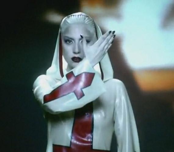 A Lady Gaga Alejandro című számához készült klip is vallásellenesnek tűnt az MTV szemében.