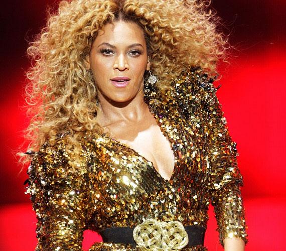 Beyoncé negyedik szólóalbuma most június 24-én került a boltok polcaira, de már a Destiny's Childdal való közös lemezt tervezi.