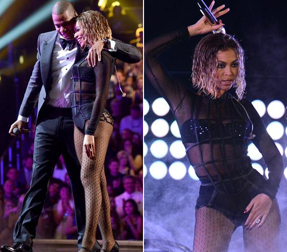 Az átlátszó body alá egy csillogó melltartót vett fel. Jay Z-vel a Drunk in Love című számot adták elő.