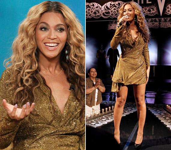 Beyoncé szereti a csillogó darabokat - egy beszélgetős műsor vendégeként ebben az aranyszínű miniruhában érkezett.