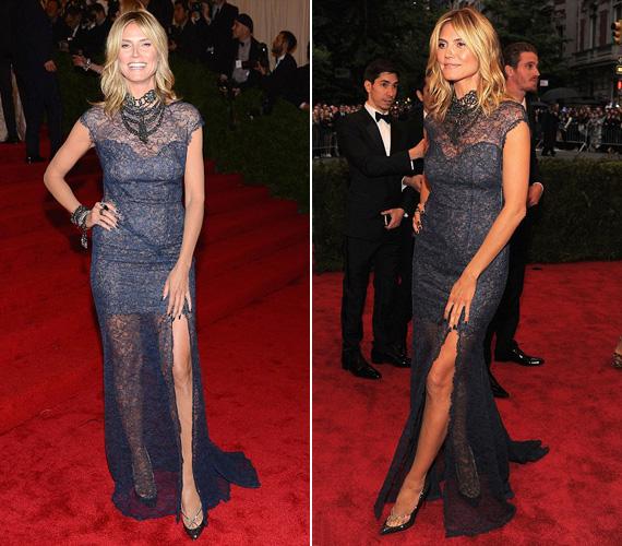 Heidi Klum topmodell kék, csipkés Escadáját csak a nyakéke torzította.