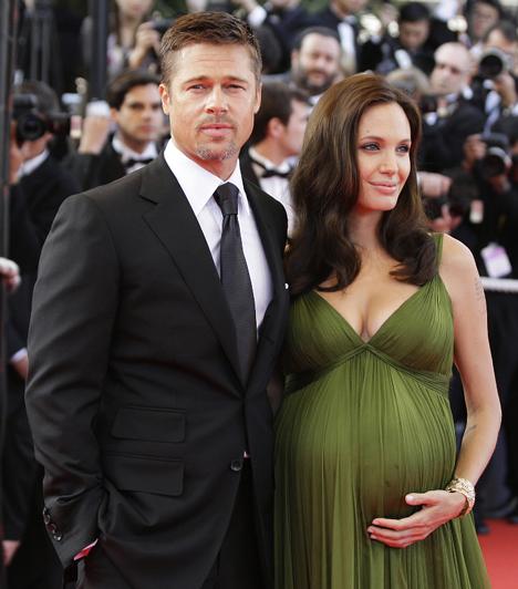 Brangelina  Pitt és Jolie 2008-ban a Cannes-i Filmfesztiválon. A sztárpár a Mr. és Mrs. Smith forgatásán melegedett össze, és azóta is együtt élnek. Habár rendszeresen pletykálnak arról, hogy kapcsolatuknak vége, ők köszönik, jól megvannak.  Kapcsolódó képgaléria: Angelina Jolie élete képekben »