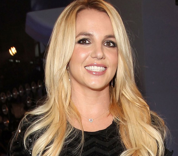 Britney Spears pályája bővelkedik hullámvölgyekben és -hegyekben, úgy tűnik, most épp jó periódust él meg, ezt jelzi, hogy hosszabb kihagyás után újra díjat nyert.