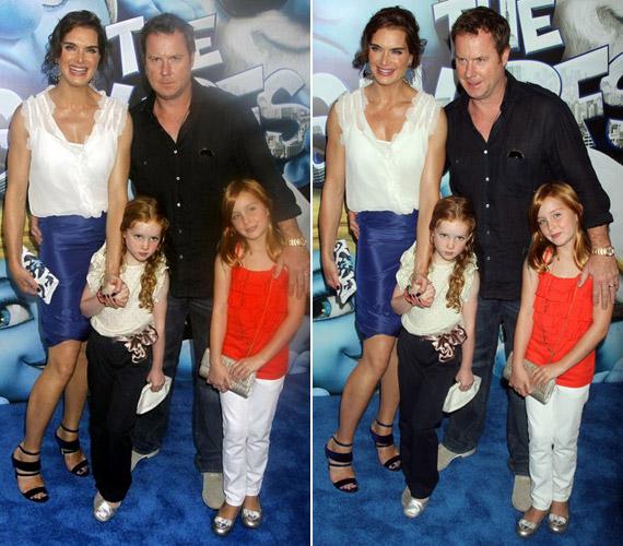 A színésznő 2001-ben ment hozzá Chris Huncky forgatókönyvíróhoz, akitől két lánya született: Rowan Francis 2003-ban, Grier Hammond pedig 2006-ban.