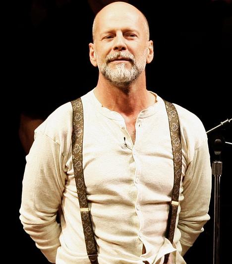 A színpadon  Az 1955-ös születésű sztár nem egy alkalommal kipróbálta magát a színpadon, 2008-ban a The World of Nick Adams című produkcióban láthatta a San Francisco-i Davies Symphony Hall közönsége.