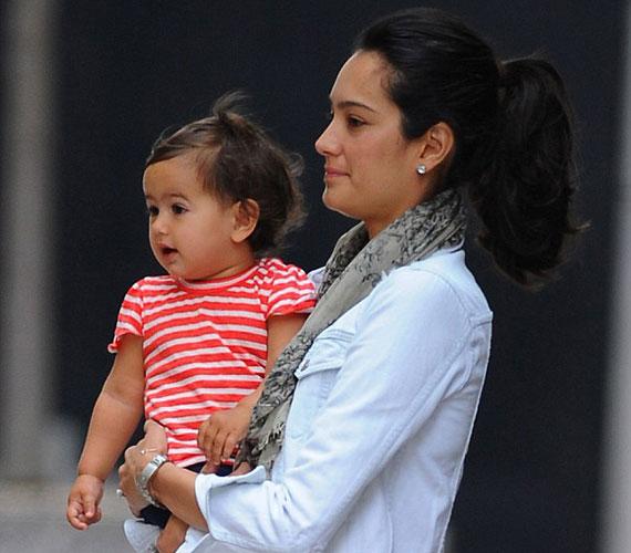 Mabel Ray Willis 2012. április 1-jén született Emma Henning angol modell és színésznő első, Bruce Willis negyedik gyermekeként. Mára tündéri kis egyévessé cseperedett.