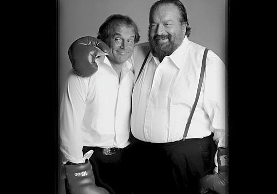 """""""A testvéremmel"""" - ezzel a képaláírással tette fel a fotót Bud Spencer. A színészek közötti barátság olyannyira elmélyült az évek során, hogy valóban inkább testvéreknek tűnnek."""