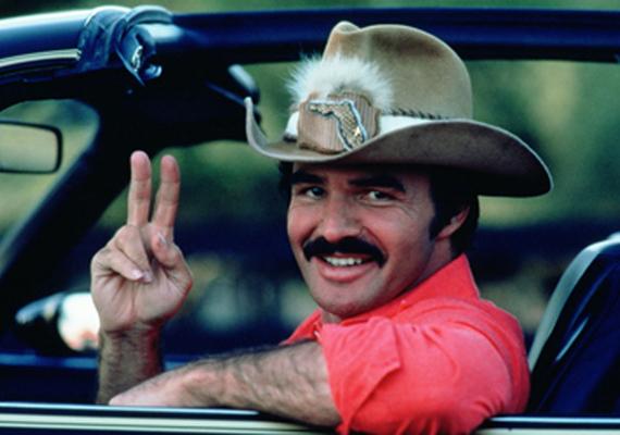 Leghíresebb szerepe a Smokey és a Banditában volt. Itt szeretett bele filmbeli partnerébe, Sally Fieldbe, akit élete nagy szerelmének tartott.