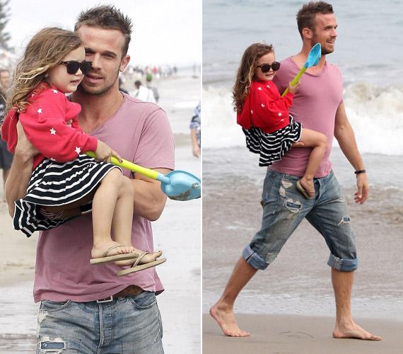 Az apja-lánya kapcsolat teljesen felhőtlen, látszik, hogy imádják egymást.