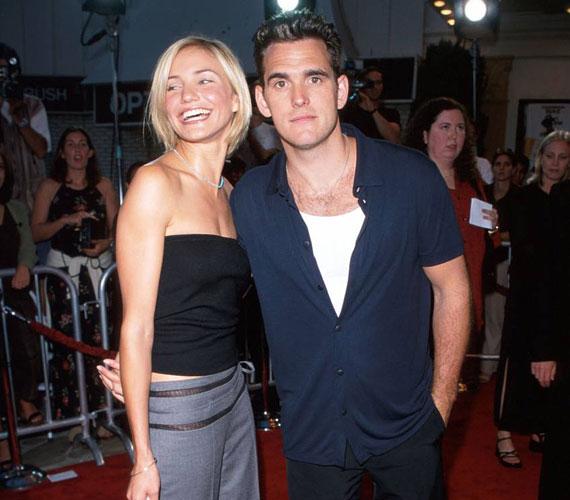 Cameron Diaz 1995 és 1998 között Matt Dillon barátnője volt, akivel a Keresd a nőt! című vígjátékban dolgozott együtt.