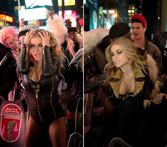 Új klipjében is ebben a szerelésben hódít, ott is, mint mindig, elcsavarja a férfiak fejét.