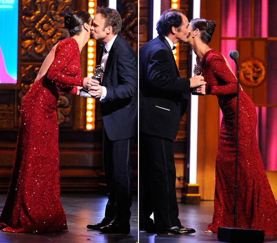 A legjobb férfi főszereplőnek járó díjat Mark Rylance-nek adta át, míg a legjobb zenés film kategóriában Norbert Leo nyert.