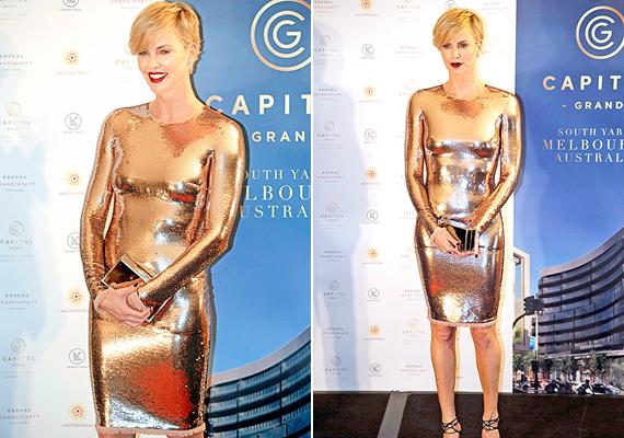 Többen az Oscar-szobrocskához hasonlították a színésznőt ebben a ruhában. Nem csoda, olyan, mintha aranyba mártották volna.