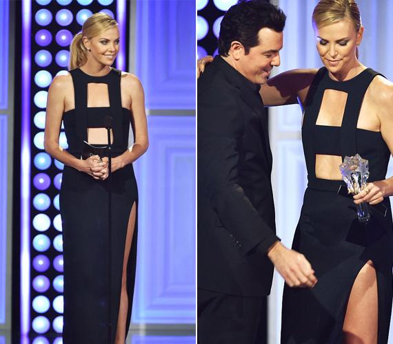 Sean Penn 39 éves barátnője ragyogott a díjátadón, nem csoda, hogy kollégája, Seth MacFarlane sokkal inkább rá és a dekoltázsára figyelt, mint frissen elnyert díjára.