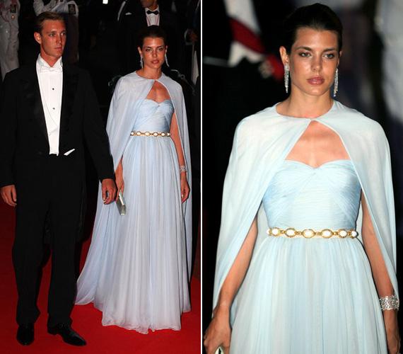 2011. július 3-án, az Albert herceg és Charlene Wittstock esküvőjét követő vacsorára úgy érkezett testvérével, Pierre-rel, ahogy egy igazi hercegnőhöz illik.